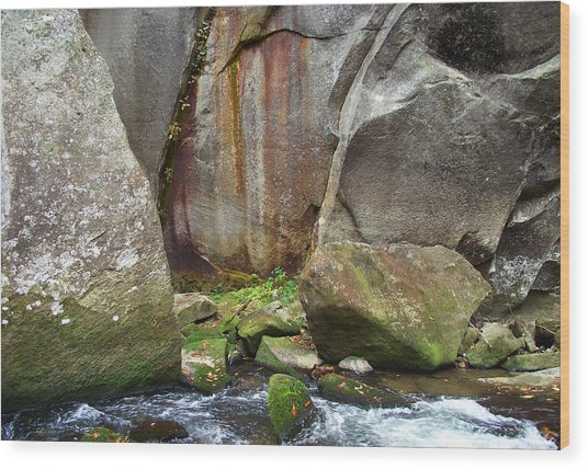 Boulders By The River Wood Print