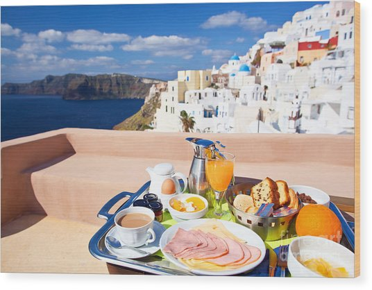 Breakfast At Terrace Wood Print