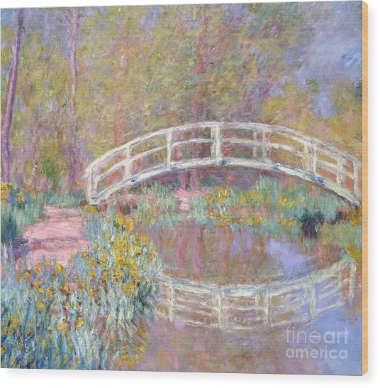 Bridge In Monet's Garden Wood Print