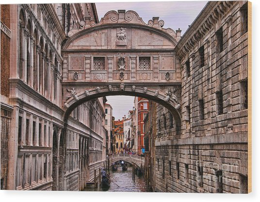 Bridge Of Sighs In Venice Wood Print