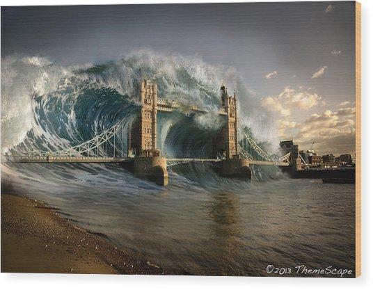 British Tsunami Wood Print by T Dilley