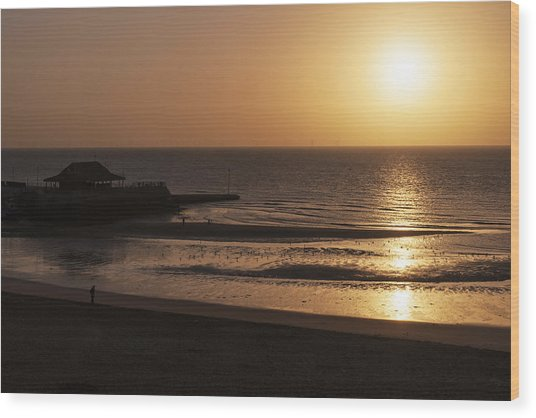 Broadstairs Sunrise Wood Print