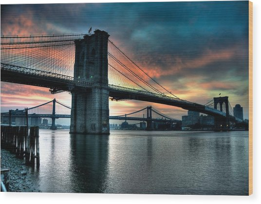 Brooklyn And Manhattan Bridges - Rosy Fingered Dawn Wood Print