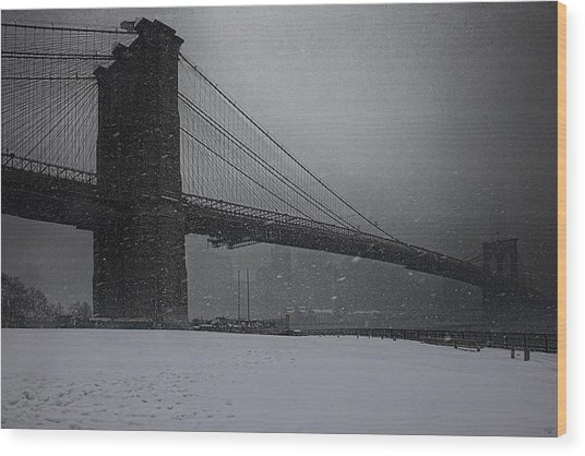 Brooklyn Bridge Blizzard Wood Print