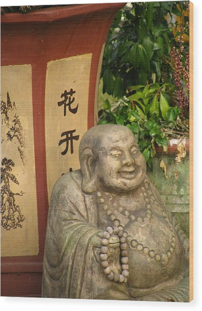 Buddha Statue In The Garden Wood Print