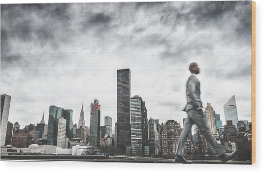 Busy Business Walking Fast On New York Wood Print by Franckreporter