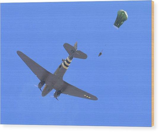 C47 Paratrooper Drop At Salinas Airshow Wood Print