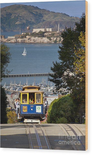 Cable Car In San Francisco Wood Print