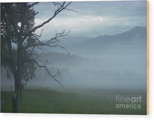 Cades Cove Fog Sunrise Wood Print