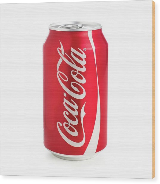 Can Of Coca Cola Wood Print by Science Photo Library