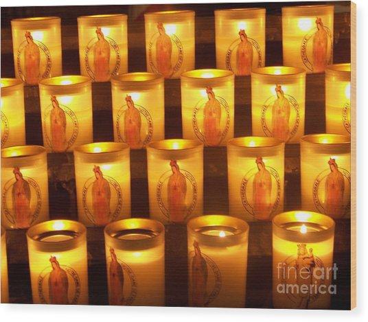 Candlelights - Bougies Notre Dame De Paris - Paris - France Wood Print by Francoise Leandre