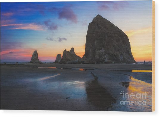 Cannon Beach Seastacks Wood Print