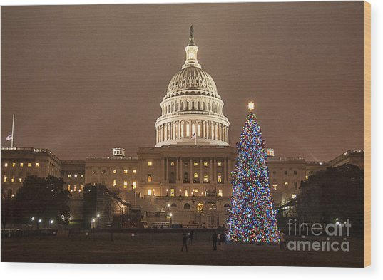 Capitol Christmas Wood Print