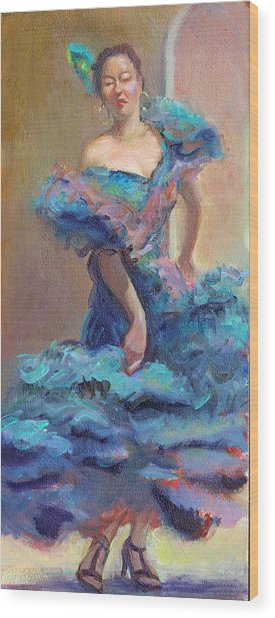 Carmencita Dances Wood Print by Gwen Carroll