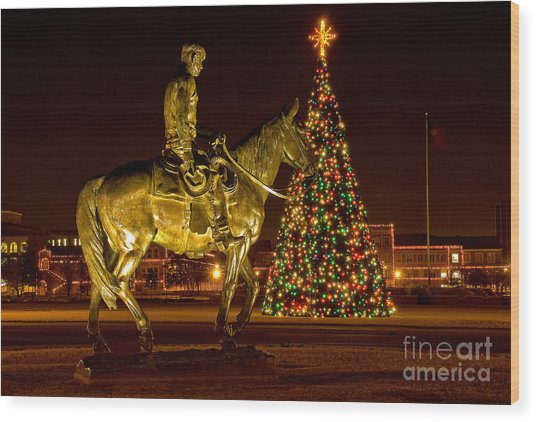 Wood Print featuring the photograph Carol Of Lights by Mae Wertz