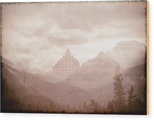 Castle In The Mountains Wood Print