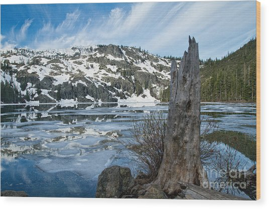 Castle Lake At Dawn Wood Print