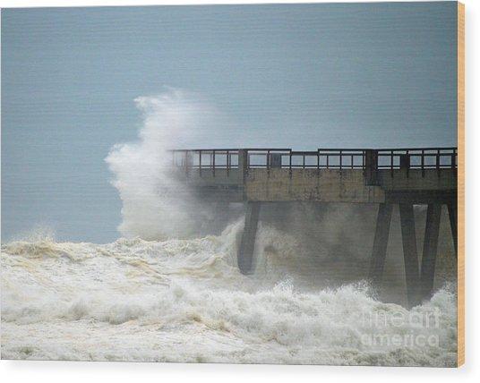 0828 Cat 1 Hurricane Isaac Crashes Into Navarre Beach Pier Wood Print
