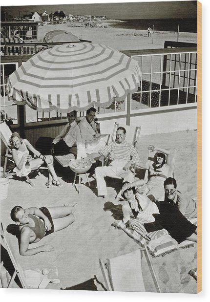 Celebrities On A Beach Wood Print by Edward Steichen