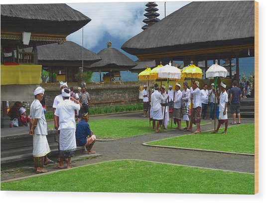 Ceremony Gathering At Beratan Bali Wood Print