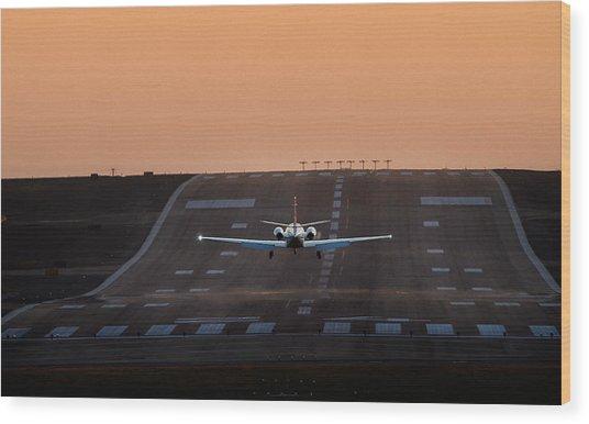 Cessna Citation On Short Final Wood Print