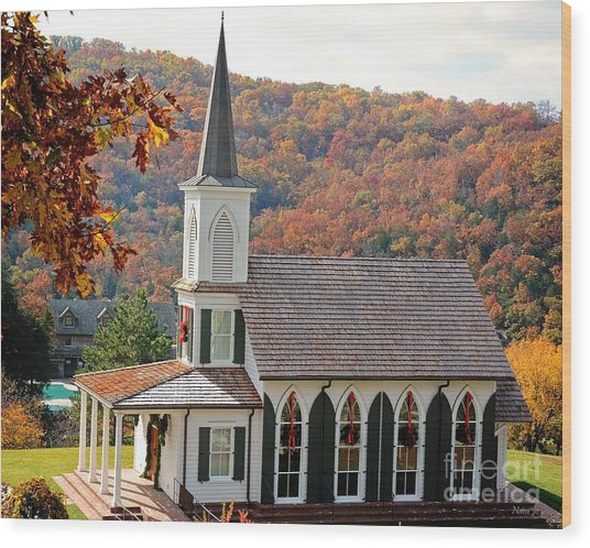 Chapel At Big Cedar Wood Print