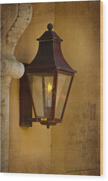 Charleston Carriage Light Wood Print