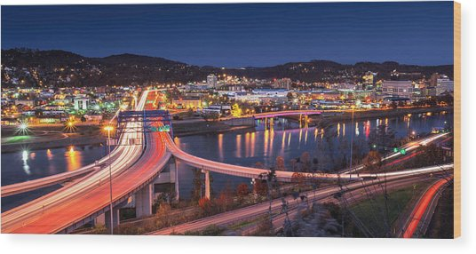 Charleston Wv At Night Wood Print