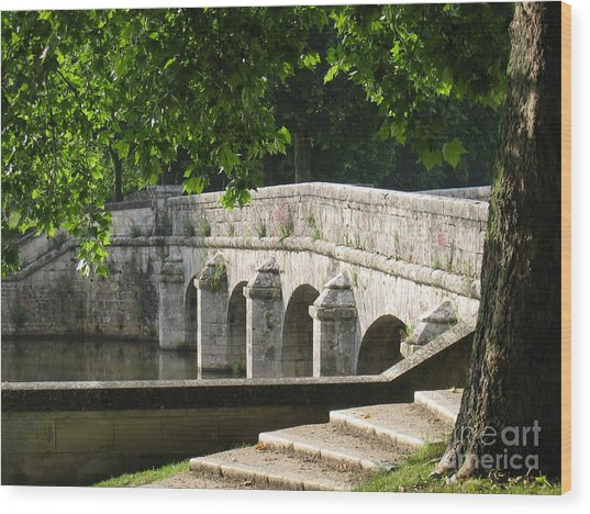 Chateau Chambord Bridge Wood Print