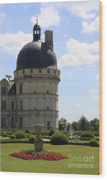 Chateau De Valencay Wood Print by Christiane Schulze Art And Photography