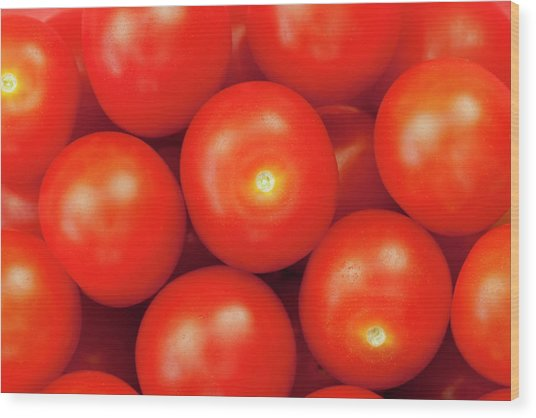 Cherry Tomatoes Wood Print by Andrew Dernie