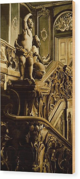 Cherubs On The Stairs Wood Print by Alfred Ng