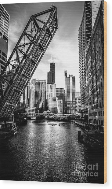 Chicago Kinzie Street Bridge Black And White Picture Wood Print
