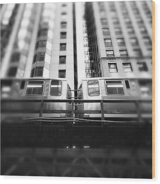 Chicago L Train In Black And White Wood Print by Paul Velgos
