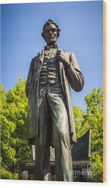 Chicago Lincoln Standing Statue Named The Man Wood Print