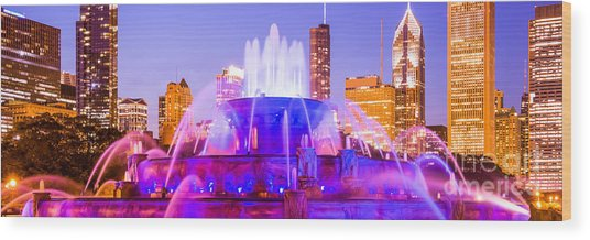 Chicago Panoramic Picture With Buckingham Fountain  Wood Print by Paul Velgos