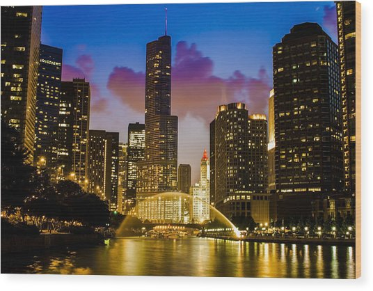 Chicago River Dusk Scene Wood Print