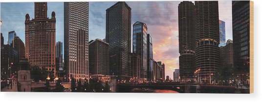 Chicago River Sunset Pano 001 Wood Print by Lance Vaughn