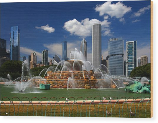 Chicago Skyline Grant Park Fountain Clouds Wood Print
