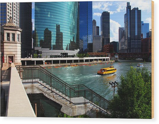 Chicago Skyline River Boat Wood Print