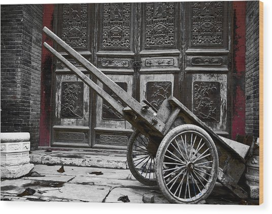 Chinese Wagon In Black And White Xi'an China Wood Print