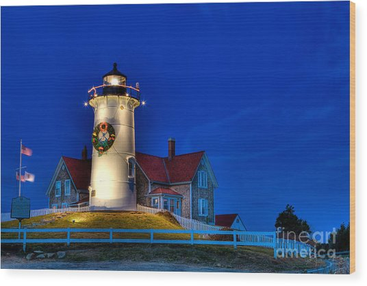 Christmas By The Sea Wood Print by Michael Petrizzo