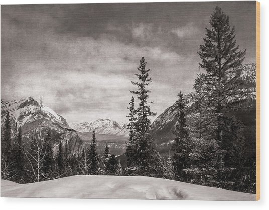 Christmas Day In Banff Bw Wood Print
