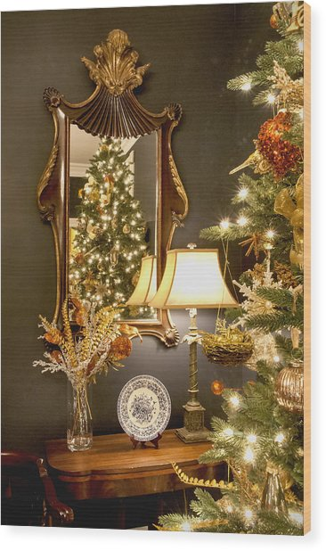 Christmas Elegance Wood Print by Carol Erikson