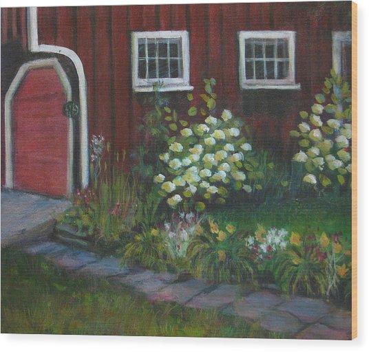 Chuck's Barn Wood Print