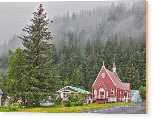 Church In Seward Alaska Wood Print