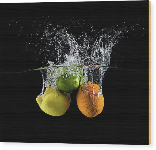 Citrus Splash Wood Print