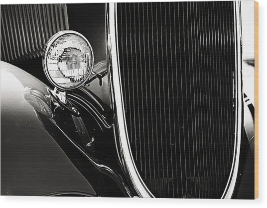 Classic Car Grille Black And White Wood Print