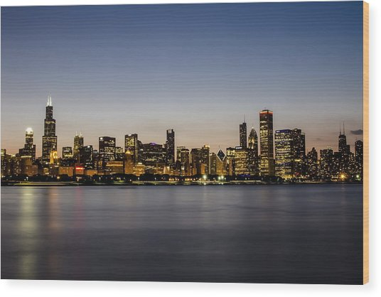 Classic Chicago Skyline At Dusk Wood Print