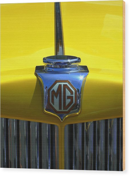 Wood Print featuring the photograph Classic Mg Grill Yellow by Jeff Lowe